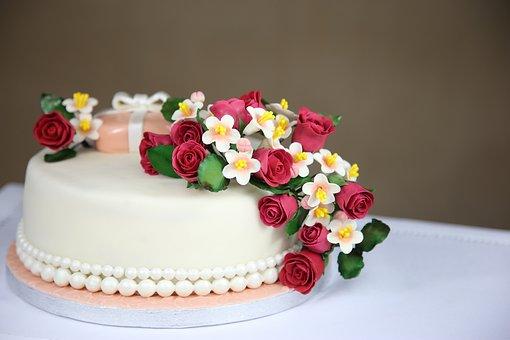 cakes-1681543__340